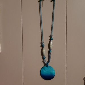 """10"""" sea blue abalone and bead necklace."""